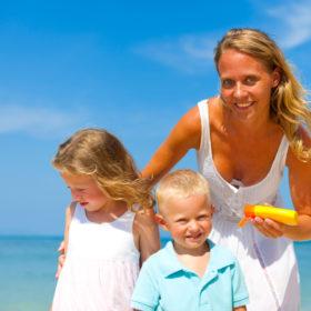 zonnebrand insmeren kinderen